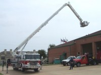 Grapevine FD trains on their new E-One Bronto Truck-561